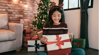 Earn big this holiday season with a rewards credit card