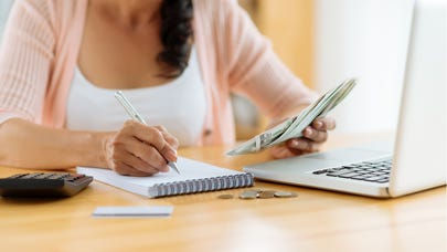 Can I defer Chapter 13 bankruptcy payments?