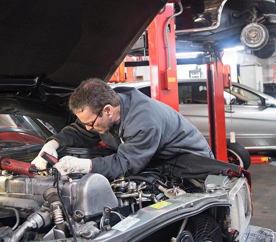 Aaa Survey American Drivers Don T Trust Car Repair Shops