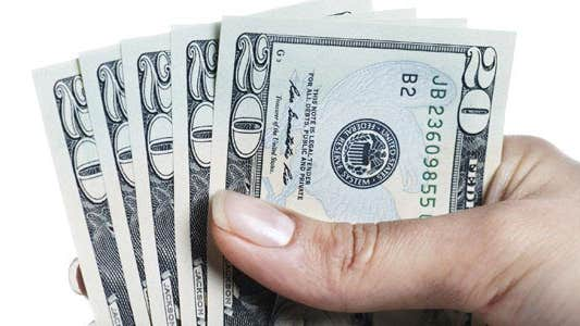 10 ways to save $500 © iStock