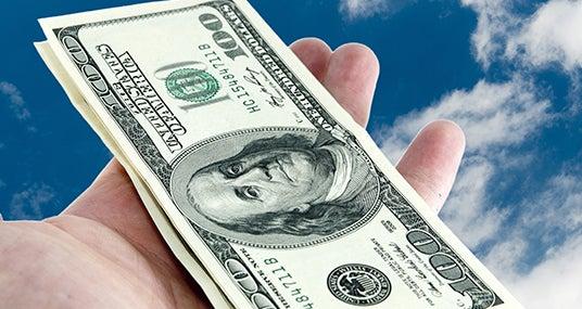 Money in sky © Zbyszek Nowak - Fotolia.com