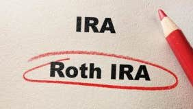 What's the difference between Roth and traditional IRA?