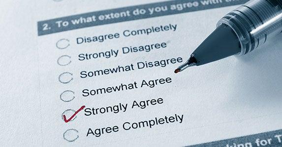 Surveys and marketing questionnaires © topseller/Shutterstock.com