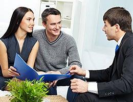 Using an agent? Choose carefully, then listen © Pressmaster/Shutterstock.com