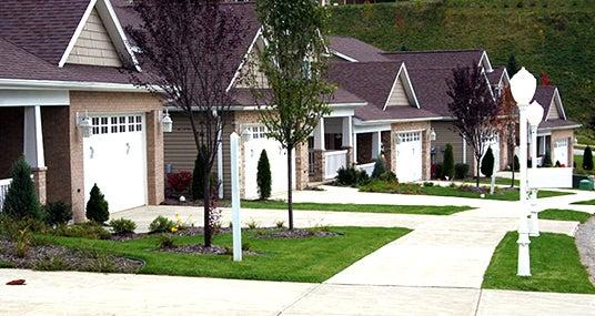 Row of houses in neighborhood © Amy Myers - Fotolia.com