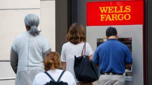 5 things Wells Fargo account victims should do