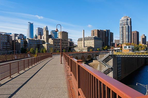 Minneapolis, Minnesota   AMB-MD Photography/Shutterstock.com