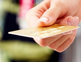 Credit cards become more consumer-friendly © Pressmaster - Fotolia.com