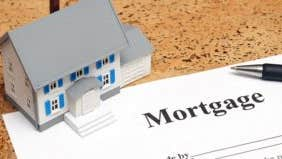 Grab low mortgage rates while they last