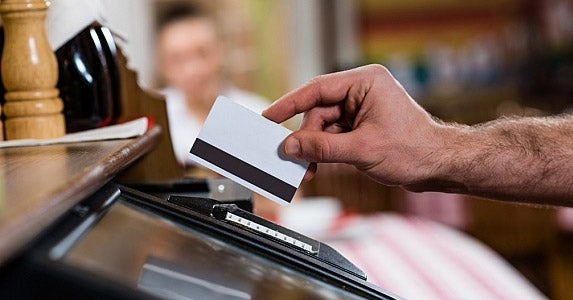 Keep an eye on your cards © Khakimullin Aleksandr/Shutterstock.com