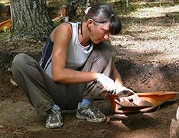 Archaeologist © Kirsanov Valeriy Vladimirovich/Shutterstock.com