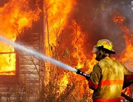Firefighter © Ronald Caswell/Shutterstock.com