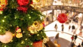 Survey: Americans will pay for most holiday spending with cash or debit