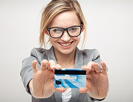 How to apply for a credit card © NAS CRETIVES/Shutterstock.com