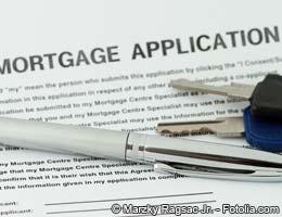 Mortgage rates rise but won't skyrocket