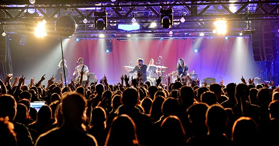VIP upgrades © ChristianBertrand/Shutterstock.com