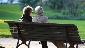 How do people choose where to retire?