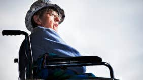 Can a disabled veteran on SSDI and SSI qualify for a mortgage to buy a home?
