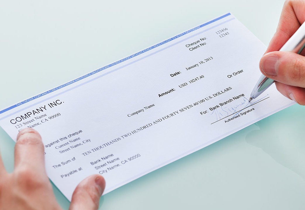 Cashier S Check Vs Money Order What S The Difference Bankrate