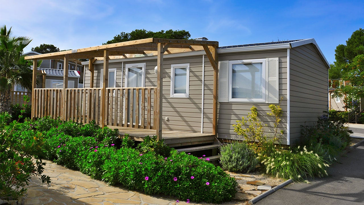 How To Finance A Mobile Or Manufactured Home | Bankrate