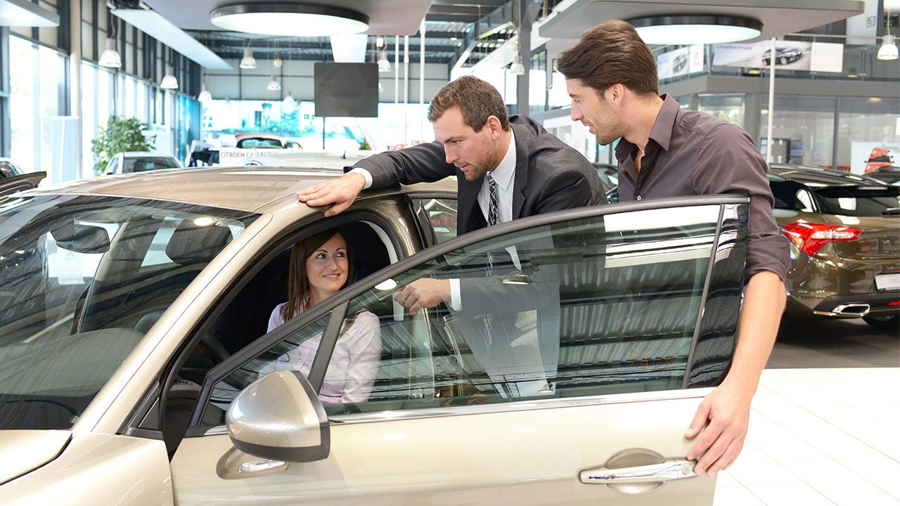 7 Tactics Car Salespeople Hope You Don't Know