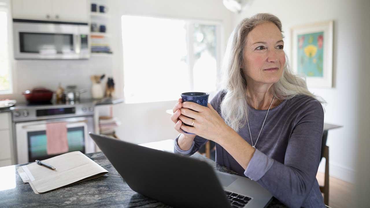 7 Best Online Brokers In 2021