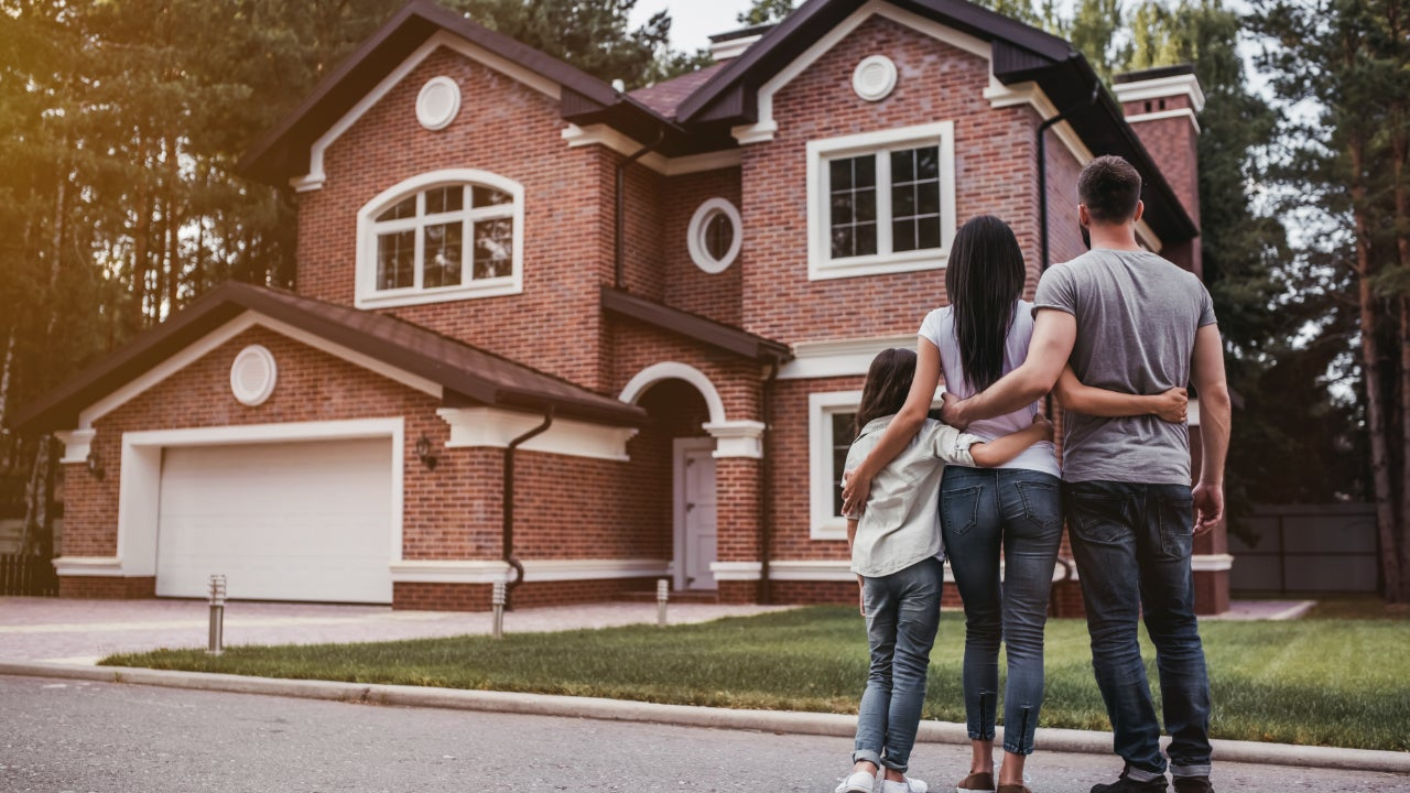 Is it more expensive to buy or build a home? Tips for both scenarios