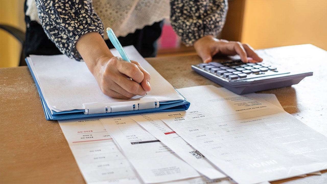 consolidating debt into mortgage calculator