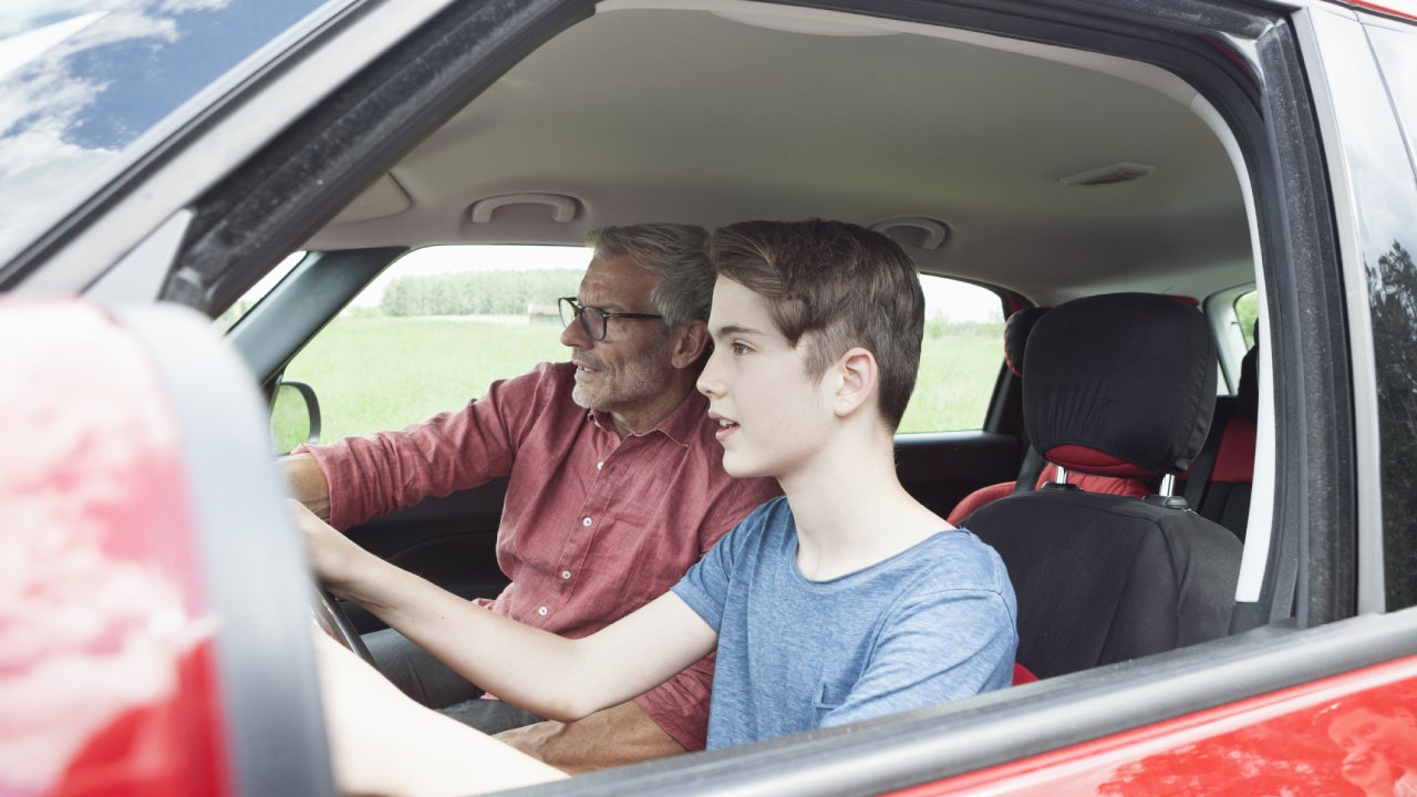 Los 7 mejores autos usados para conductores adolescentes - Seguro de carro