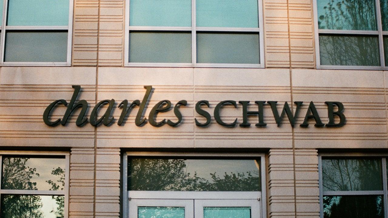 A picture of Charles Schwab brokerage building