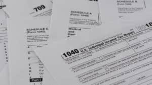 How to deduct stock losses from your taxes