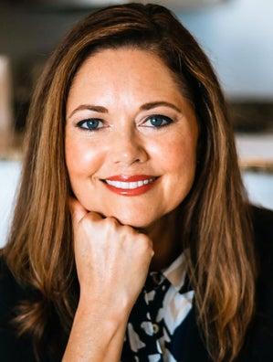 Laura Adams