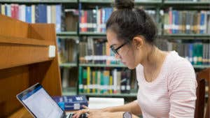 Guide to college scholarships and grants