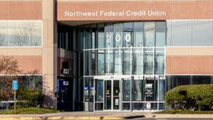 Pros and cons of credit unions
