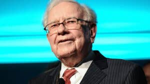 Warren Buffett's investment advice: 7 top pieces of wisdom for investing success