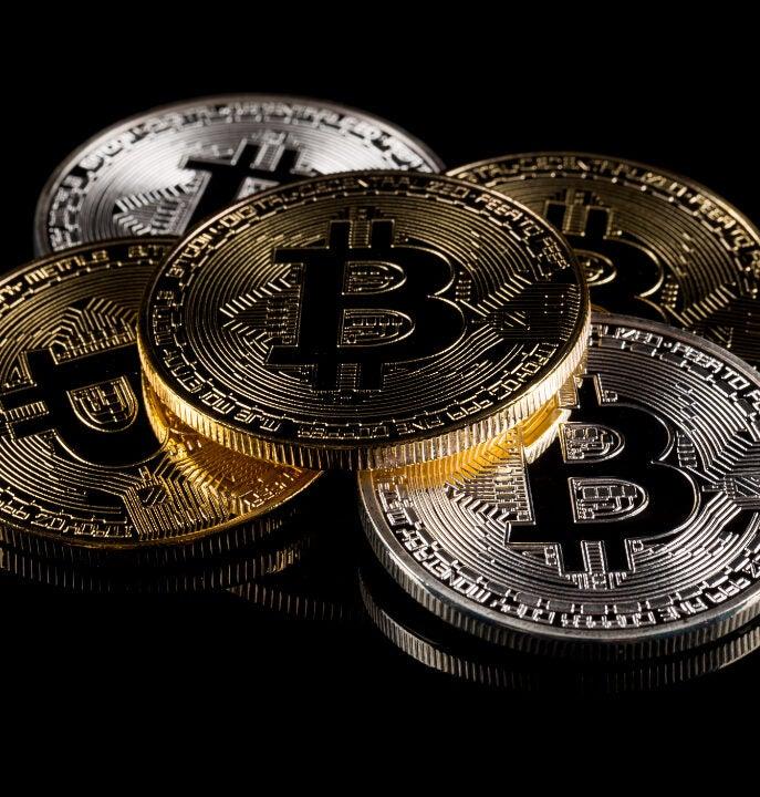 šešėliai brokeriai bitcoin bitcoin miner mac os x