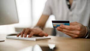 Best credit cards for paying off debt in 2021
