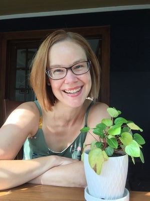 Image of the author Nicole Dieker