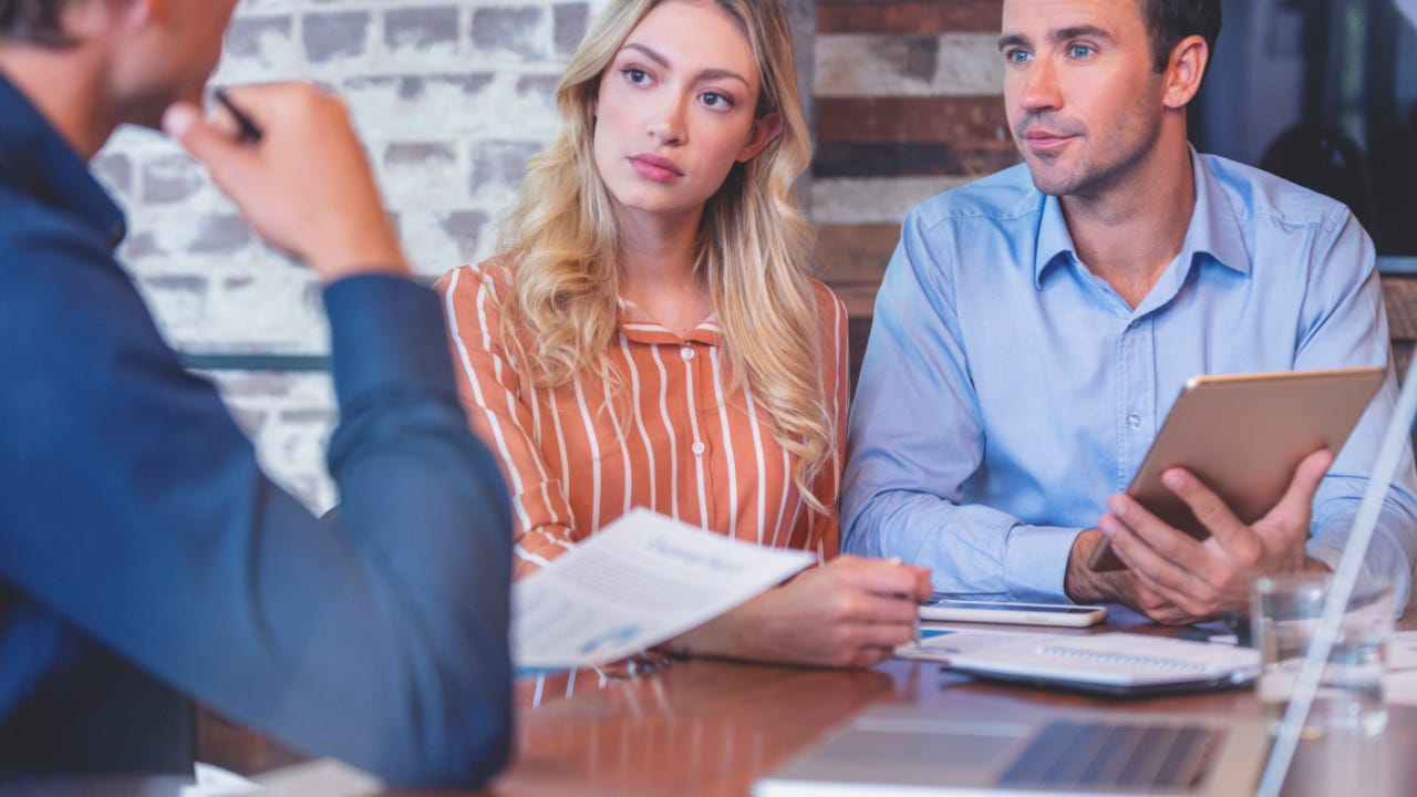 Should I Stay Or Should I Go To Another Mortgage Lender To Refinance? |  Bankrate