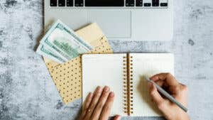 How to use the envelope budgeting system step by step