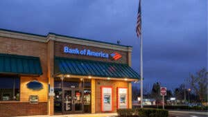 Does Bank of America offer student loans?