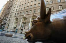 A bull statue near the New York Stock Exchange