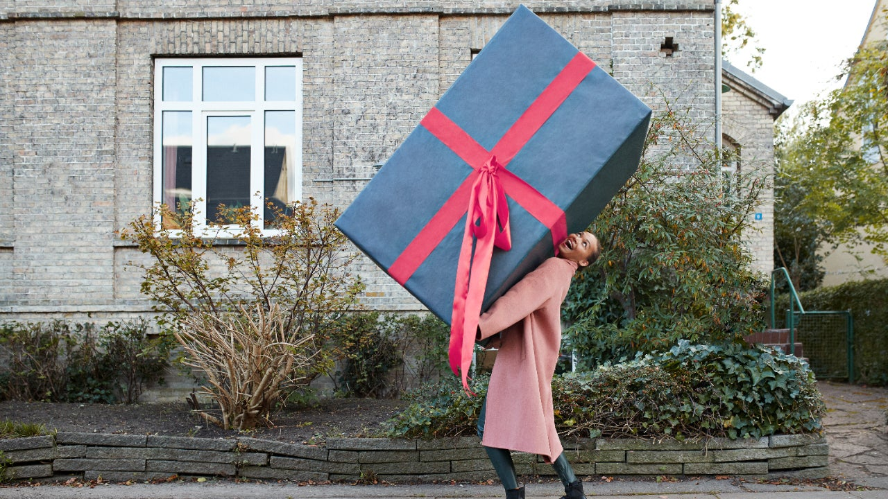 How to gift stocks this holiday season