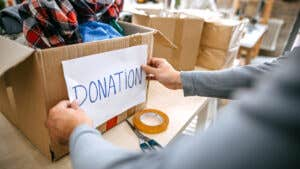 Guide to the best credit cards for nonprofits and accepting card donations
