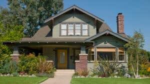 In hot seller's market, discount real estate brokers gain appeal