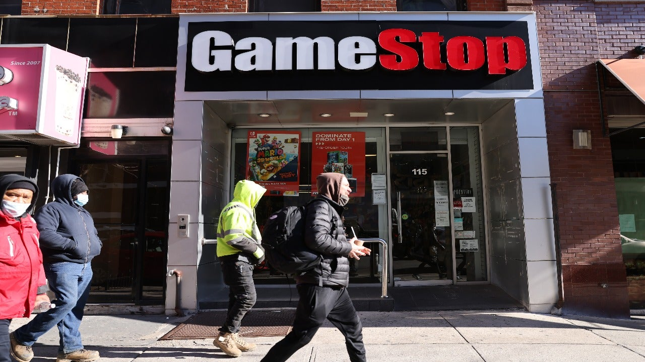 'To The Moon': How GameStop-Boosting Traders Kicked Off A Shocking Wall Street Feeding Frenzy | Bankrate