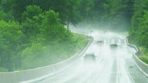 Hydroplaning: What it is and how to avoid it