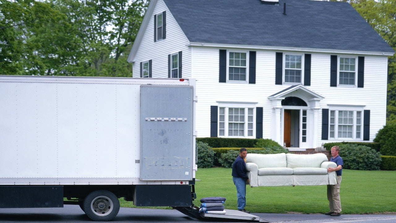 Moving long-distance? 6 tips for a smooth move