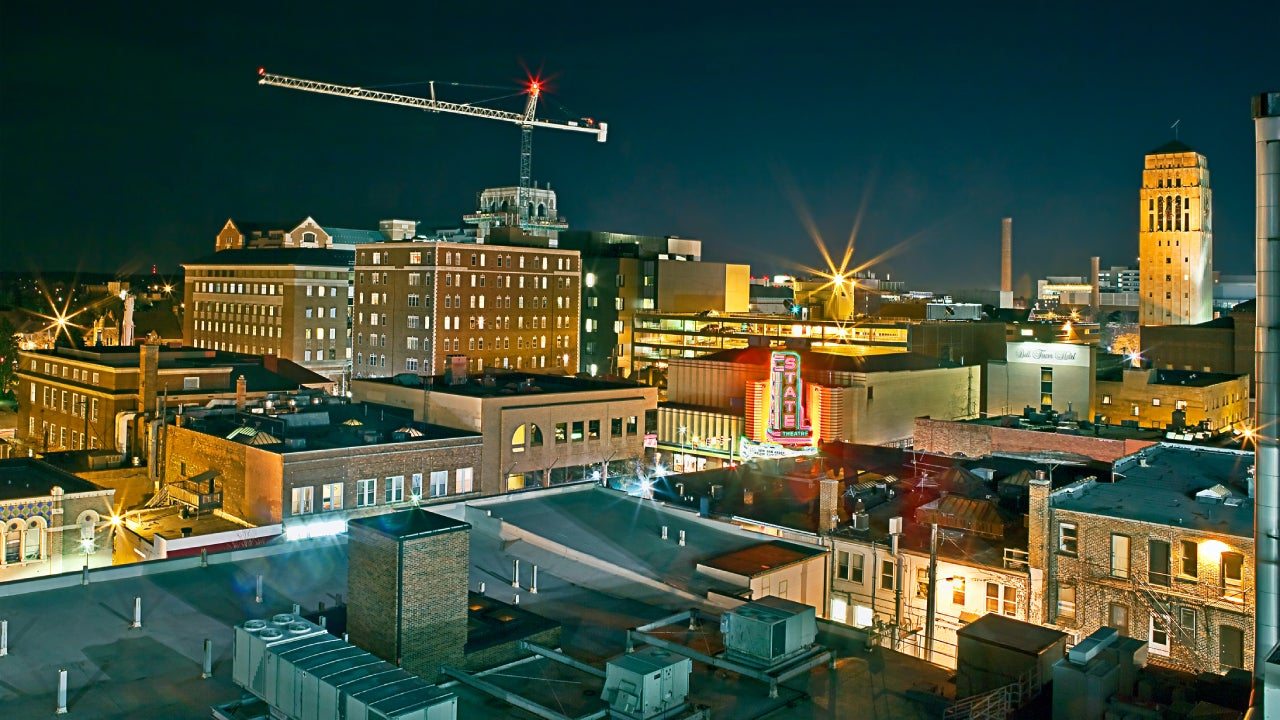 Construction by Night