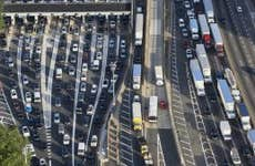 USA, New Jersey, rush hour traffic at Fort Lee in the morning, aerial view